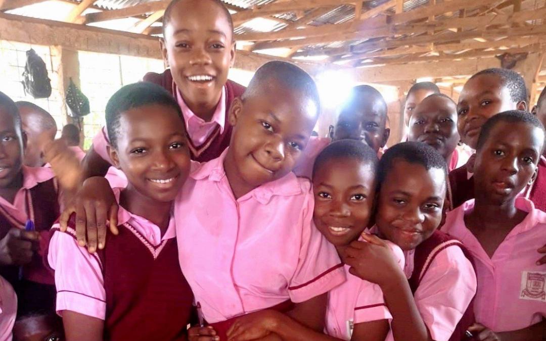 Neu: Amuro-Mgbom-Schulprojekt