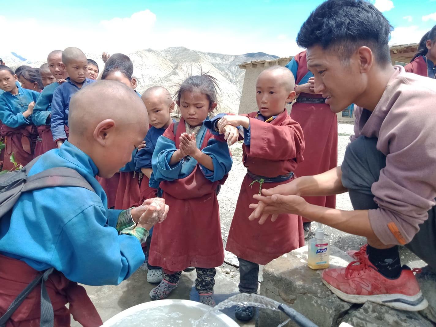 Nepal-School-Saldang-Washing-hands